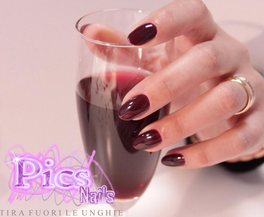Applicazione Smalto Semipermanente Rouge Noir