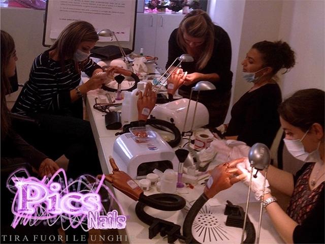 Corsi Professionali Pics Nails Sassari