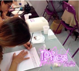 Esercitazioni micropittura unghie