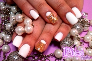 French Inversa Pics Nails