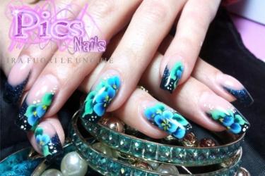 micro decorazione unghie floreale pics nails