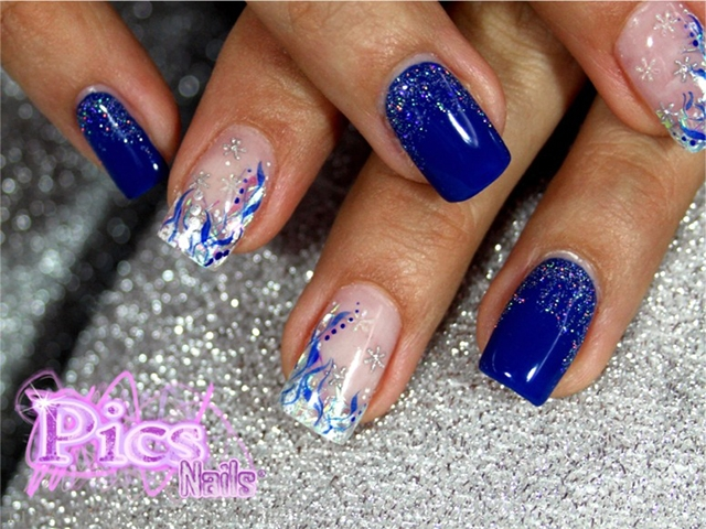 Nail Art Blu e Argento