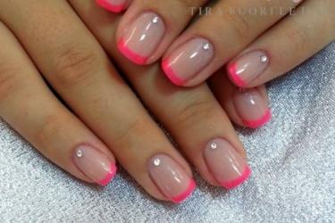 nail art french semipermanente