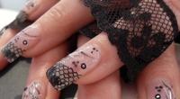 nail art pizzo nero