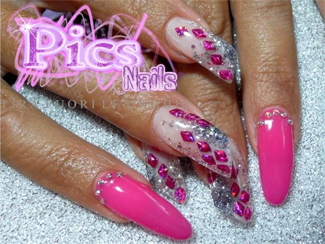 Nail Art Rosa Sottovetro