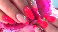 Nail Art Unghie Rosa Neon