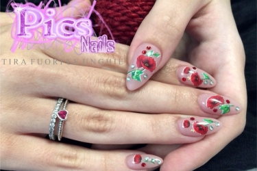 nails_tatoo_2