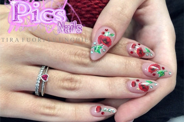 Nails Tattoo Perfect Nail Decorations For Spring Trends Pics Nails