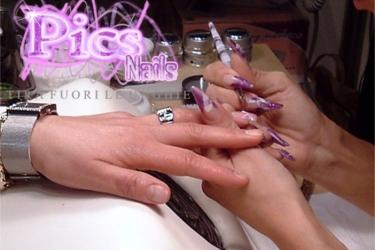 Tavolo Da Lavoro Ricostruzione Unghie : Diff ricostruzione unghie in acrilico e unghie in gel pics nails