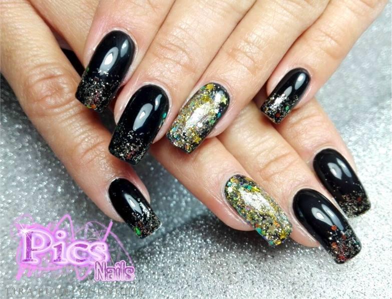 Nail art per capodanno stupire con unghie originali pics nails