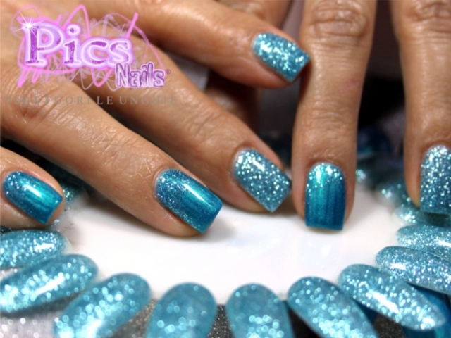 Smalto Semipermanente Glitter Celeste