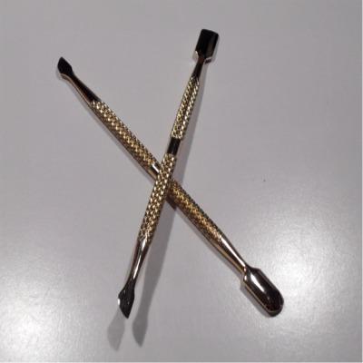 Spingi Cuticole Metallo Grande 1