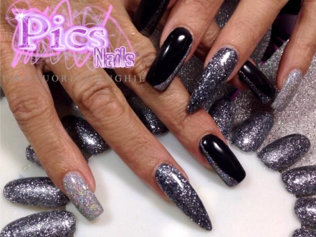 Unghie argento pics nails - Unghie argento specchio ...