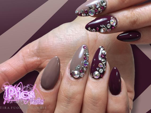 Unghie Gel Swarovski Bordeaux | Pics Nails