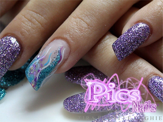Unghie Viola Glitter